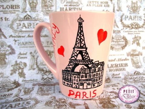 Κούπα ζωγραφισμένη στο χέρι με θέμα το Παρίσι-όνομα και αφιέρωση