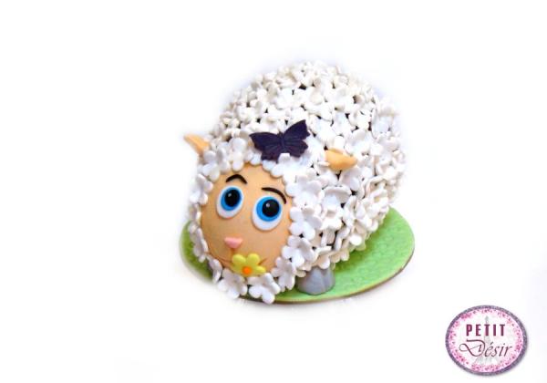 Σοκολατένιο αυγό προβατάκι